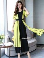 จั๊มสูทแฟชั่น ชุดจั๊มสูทเกาหลี เสื้อคลุมนอกตัวยาว ผ้าสีเหลืองเนื้อดีผ้านุ่มตัดลายริ้วสีดำ