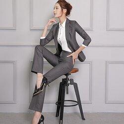 (พร้อมส่ง) ชุดสูทผู้หญิงยูนิฟอร์มพนักงานออฟฟิศ ชุดเสื้อสูทมีปก กางเกงขายาว สีเทาเข้ม
