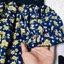 เสื้อแฟชั่นผ้าชีฟองเนื้อทรายหนา ตัดต่อลุกไม้และซีทรูหน้าอก ลายดอกสีน้ำเงิน thumbnail 11