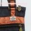 กระเป๋าสะพาย นารายา ผ้าเดนิม ทรงสี่เหลี่ยม สียีนส์เข้ม ขอบส้ม มีโลโก้นารายาด้านหน้า (กระเป๋านารายา กระเป๋าผ้า NaRaYa กระเป๋าแฟชั่น) thumbnail 8