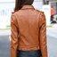 พร้อมส่ง เสื้อแจ็คเก็ตหนัง เสื้อแจ็คเก็ตผู้หญิง เข้ารูปพอดีตัว สีน้ำตาล แต่งซิปเก๋ มีปก แต่งเข็มขัดที่เอว แฟชั่นเกาหลี thumbnail 2