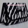 กระเป๋าเครื่องสำอางค์ นารายา ผ้าคอตตอน ลายม้าลาย สีขาว-ดำ มีกระจกในตัว Size L (กระเป๋านารายา กระเป๋าผ้า NaRaYa)