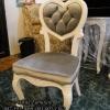 เก้าอี้หลุยส์ พนักพิงหัวใจ กระดุมคริสตัล