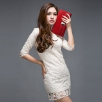 กระเป๋าคลัทช์ แฟชั่นกระเป๋าถือผู้หญิง แฟชั่นมาใหม่สไตล์ยุโรป-อเมริกา ปี 2013 หนังแข็ง ปั้มลายหนังจระเข้ ย้อมสีแดง