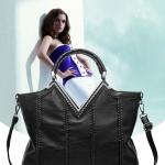 Pre-oder กระเป๋าสะพายหนังแท้ผู้หญิง กระเป๋าวินเทจ สไตล์โบฮีเมียน ปากกระเป๋ารูปตัววี ปักหมุด กระเป๋าแฟชั่นผู้หญิง