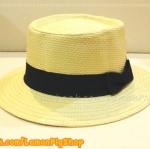 หมวกสาน ทรงขนมเค้ก สีขาวครีม คาดแถบผ้าโบว์ดำ ฮิตๆ !!!