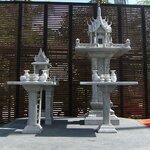 ศาลพระภูมิทรงปราสาท ขนาด ฐานกว้าง 107ซม ยาว 107ซม สูง 285 เซนติเมตร