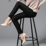 Pre-Order กางเกงยีนส์ กางเกงยีนส์ยีด กางเกงยีนส์กันหนาว ทรงดินสอ ผ้าหนา ผ้าฝ้ายบุกำมะหยี่ สีดำพลัส