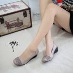 รองเท้า STYLE ZARA ทำจากผ้าฉลุน่ารักประดับอะไหล่สวยมาก
