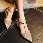 พรีออเดอร์ รองเท้าแฟชั่นผู้หญิง ส้นเตี้ย หัวแหลม หนังแท้ สีทอง ประดับหมดและ Buckle Brand: Xuan Hong Mi เสื้อผ้าแฟชั่นสไตล์เรโทร