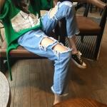 [Preorder] กางเกงยีนส์ 9 ส่วนหลวมแต่งรูขาด