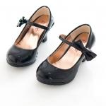 รองเท้าคัทชูเด็กมีส้นสีดำ