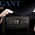 กระเป๋าคลัทช์ แฟชั่นกระเป๋าถือผู้หญิง แฟชั่นมาใหม่สไตล์ยุโรป-อเมริกา ปี 2013 หนังแท้ หนังแข็ง ปั้มลายเกล็ดปลาสีดำ ยี่ห้อกิงหลิน