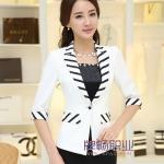 Pre-Order เสื้อสูทแฟชั่นทำงาน เสื้อสูทผู้หญิงสีขาว สูทคอวี คอปกแต่งด้วยผ้าลายทาง แขนสามส่วน แฟชั่นชุดทำงานสไตล์เกาหลี
