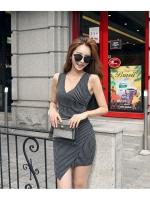 ชุดเดรสลายริ้ว แฟชั่นเกาหลี ผ้าหนาอย่างดี กระโปรงป้ายเฉียง เอวเข้ารูปจับจีบด้านข้าง made in Korea