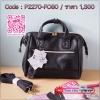 Anello 2way boston leather pu mini bag กระเป๋าสุดฮิตสะพายข้าง หนัง ขนาดกะทัดรัด ใส่กระเป๋าสตางค์ใบยาว มือถือ แว่น นาฬิกา ของจุกจิกได้ค่ะ ซับด้านในกระเป๋าจะเป็นสีเข้ม ตามสีกระเป๋า น้ำหนักตัวกระเป๋าประมาณ 280 กรัม สายสามารถถอดออกได้ ทำได้ 2 ทรง จะถือ หรือสะ