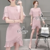 &#x1F389Sevy Two Pieces Of Smart Casual Pink Lady Blouse Pleat Edge With Skirt Sets Type: Blouse+Skirt(Sets) Fabric: Chiffon เสื้อ+กางเกง ผ้า Chiffon Detail: Set เสื้อ+กระโปงโทนสีม่วงอ่อน สีสวยเย็นตา ดีเทลเสื้อคอกลมปาด แขนสี่ส่วนชายแขนย็บผ้าอัดพลีทระบายพร