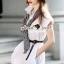 Seoul Secret Say's... Scarfy Whity A Shape Dress Material : เดรสเชิ้ตสีขาว เนื้อผ้าคอตตอนเนื้อสวยอย่างดี สวยเก๋ด้วยทรงเดรสเชิ้ต มีดีเทลเก๋ๆ รับ Autumn ด้วยผ้าพันคอพิมพ์แยกชิ้นได้นะคะ ลายสไตล์คลาสสิค เรียบเก๋ๆ ดูดีแบบมีคลาส เติมความเก๋ด้วยเข็มขัดและผ้ thumbnail 4