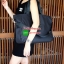 งานพรีเมี่ยมกิ้ฟ จากเคาเตอร์ต่างประเทศคะ รุ่น Limited edition ค่ะ ได้กระเป๋าอเนกประสงค์ ทรง TOTE จากแบรนด์ PRADA มาค่า เป็น กระเป๋าผ้าไนล่อน ตามแบบฉบับของแบรนด์เลย ใบนี้มีสายยาวให้คะ เลิศมาก สะพายเป็น shoulder bag หรือ ถือได้คะ ใช้ได้2ด้าน ด้านนึงโลโก้แบร thumbnail 12