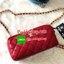 ส่งฟรี ems พร้อมส่ง chanel cosmetics shoulder bag พรีเมียมกิฟจากเครื่องสำอางค์ พร้อมส่งค่ะ หนังแกะเรียบลายตาราง ทรงสวย มี 3 ช่อง สำหรับใส่มือถือหรือของจุกจิก มี ช่องซิปกลาง และข้าง มีช่องใส่บัตรได้ 6ใบ ใส่มือถือได้ทุกรุ่น เปิดปิดกระเป๋าช่องหลักแบบซิป อะไห thumbnail 3