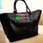 "Best Seller! Givenchy Black Soft Leather Shoulder Handbags (Limited edition!) กระเป๋าถือหรือสะพายพรีเมี่ยมของเเท้จาก ""Givenchy Perfume Counter"" วัสดุหนังนิ่มเรียบสีดำด้านหน้าปั้มโลโก้แบรนด์ GV ภายใน Polyester 100% สีดำสกรีนโลโก้สวยดูดี เปิดปิดด้ thumbnail 6"