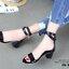 แบบขายดี พร้อมเสิร์ฟ!!! รองเท้าส้นเหลี่ยมรัดข้อ สไตล์ HERMES แบบใหม่ล่าสุด สวยชนชอป หนังปรอทเงา ขับผิวเท้า สายรัดพันข้อด้วยตัวล็อค สวยหรู ดูแพงสุดๆ สูง 6.5 cm น้ำหนักเบา แมทกับชุดไหนก็สวย ใส่ได้ตลอด พร้อมเสิร์ฟความสวยเก๋ก่อนใครที่นี่ที่เดียวค่ะ thumbnail 10