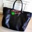 "Best Seller! Givenchy Black Soft Leather Shoulder Handbags (Limited edition!) กระเป๋าถือหรือสะพายพรีเมี่ยมของเเท้จาก ""Givenchy Perfume Counter"" วัสดุหนังนิ่มเรียบสีดำด้านหน้าปั้มโลโก้แบรนด์ GV ภายใน Polyester 100% สีดำสกรีนโลโก้สวยดูดี เปิดปิดด้ thumbnail 7"