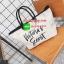 Must Have!!! Victoria's Secret Canvas Large Tote Bag กระเป๋าทรง Tote Bag (Size L) ของแท้จาก Victoria's Secret วัสดุ Canvas ด้านหน้าประดับโซ่พร้อมสกรีนแบรนด์ Victoria's Secret ด้านข้างมีกระดุมปรับขยายทรง ภายในมีโลโก้และช่องซิป กว้างจุของได้เ thumbnail 13