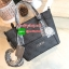 NEW COLLECTION! GUESS SAFFIANO MINI CROSS BODY BAG กระเป๋าถือ/สะพายรุ่นใหม่ล่าสุดจาก GUESS หนัง Saffiano ลาย GUESS สวยหรูอยู่ทรงสไตล์ PRADA ขนาดกำลังดี น้ำหนักเบา ด้านหน้าประดับโลโก้แบร์น พร้อมพวงกุญแจโลโก้แบรนด์ห้อยที่หูกระเป๋าสามารถถอดเเยกใช้ได้ เปิดปิด thumbnail 12