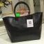 "Best Seller! Givenchy Black Soft Leather Shoulder Handbags (Limited edition!) กระเป๋าถือหรือสะพายพรีเมี่ยมของเเท้จาก ""Givenchy Perfume Counter"" วัสดุหนังนิ่มเรียบสีดำด้านหน้าปั้มโลโก้แบรนด์ GV ภายใน Polyester 100% สีดำสกรีนโลโก้สวยดูดี เปิดปิดด้ thumbnail 4"