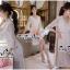 Luxurious Florals Vintage Chic White Lace Dress เดรสผ้าลูกไม้ทั้งตัวใส่ออกงานได้ลุคหรูหรามากค่ะ เนื้อผ้าลูกไม้ทั้งตัวสไตล์งานแบรนด์ ช่วงคอเป็นวีเย็บประดับด้วยเนื้อผ้าเพิ่มความสวยเก๋ให้กับชุด ช่วงแขนยาวปิดศอกบานปลายนิดๆให้ชุดดูไม่เรียบจนเกินไป ช่วงเอวเล่นล thumbnail 7