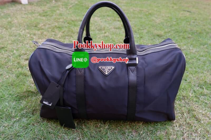 d63212e35a98 PRADA NYLON TRAVEL BAG GIFT WITH PURCHASE GWP Limited edition พรี ...
